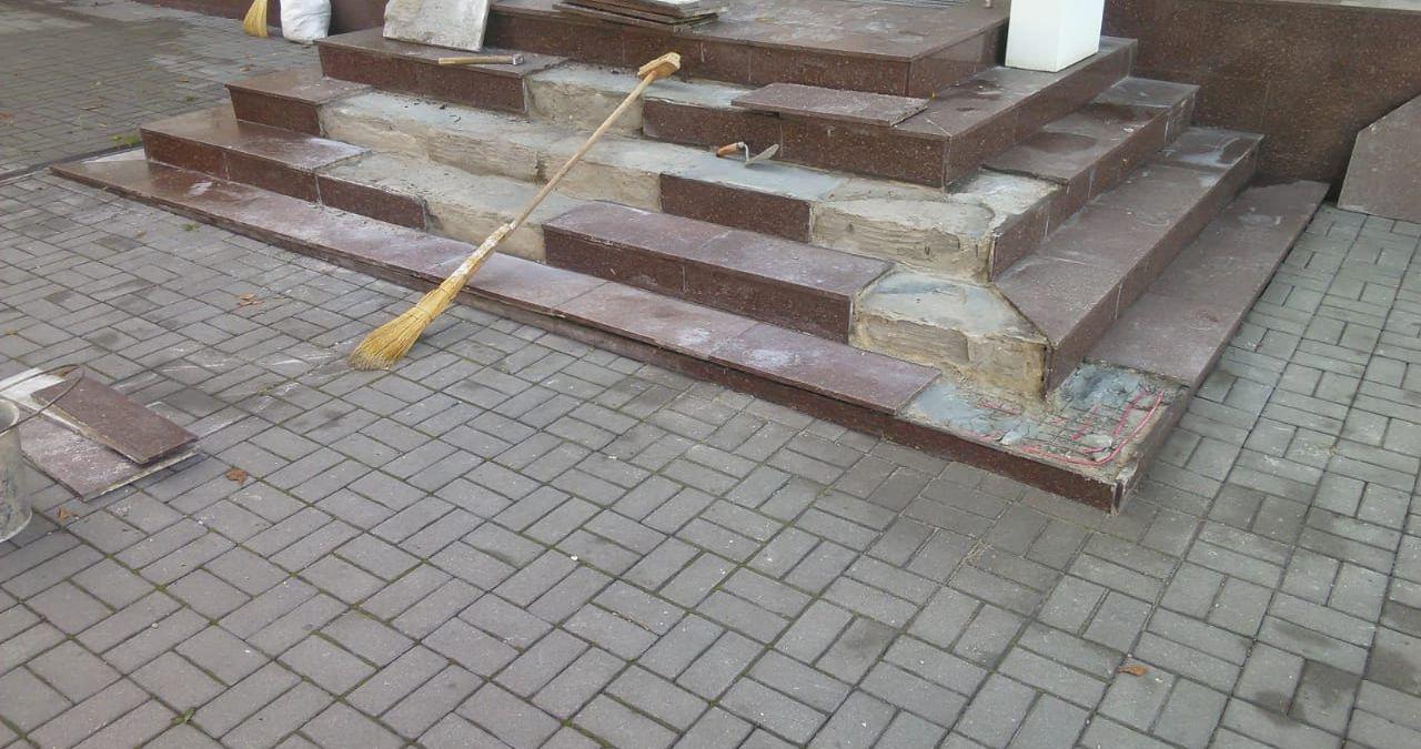 Ремонт и реставрация крылец и ступеней из гранита и мрамора